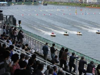 戸田競艇場の無料席